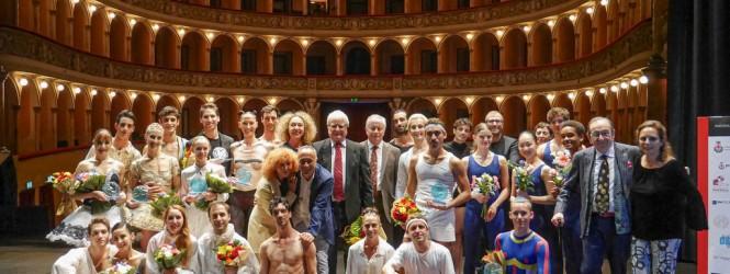 A proposito di…GALA' DI DANZA PREMIO NAZIONALE SFERA D'ORO PER LA DANZA_28.09.2019 Teatro G. Verdi